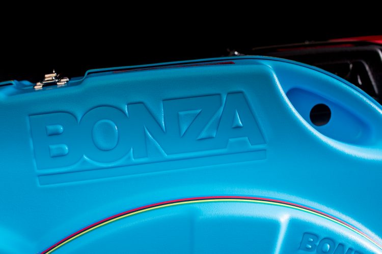 Bonza-1-8